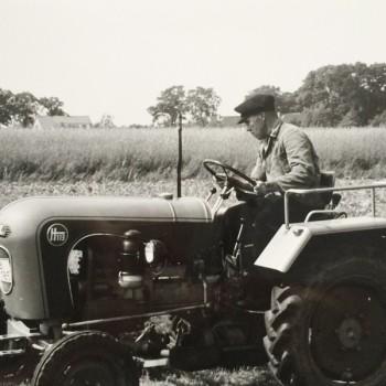 Franz Kaisen bei der Feldarbeit um 1975