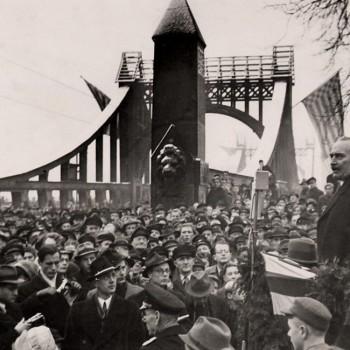 Wiedereröffnung der Großen Weserbrücke 1947